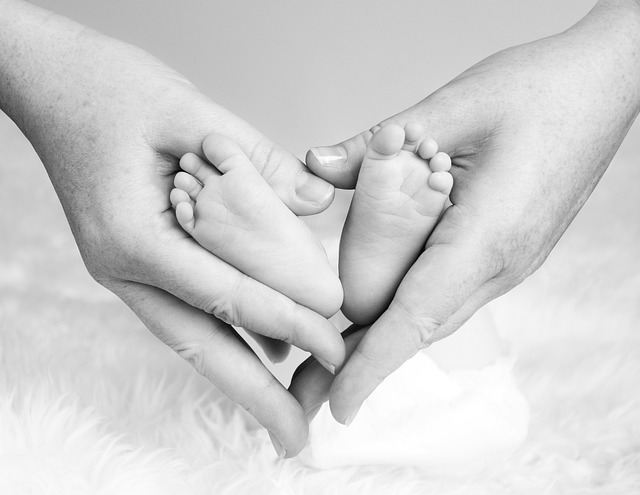Gerade bei Neugeborenen und Kindern finden sehr viele Entwicklungs- und Anpassungsprozesse statt, die der Körper bewältigen muss.