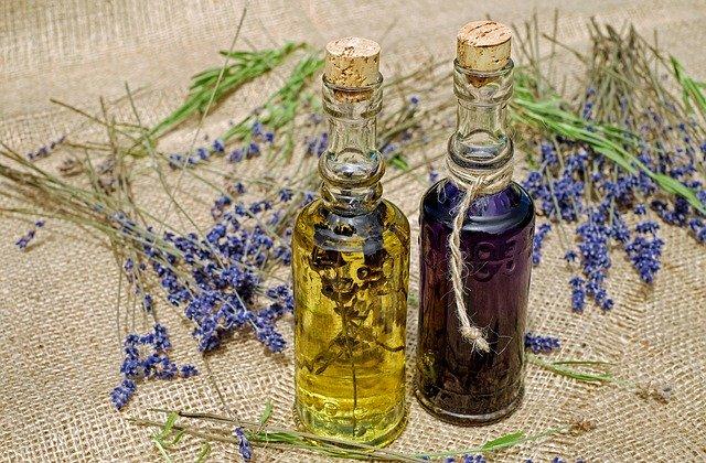 Mir ist es ein Anliegen mit reinen biologischen Ölen zu arbeiten, da diese mit einem speziellen Verfahren im Rhythmus der Natur hergestellt werden.